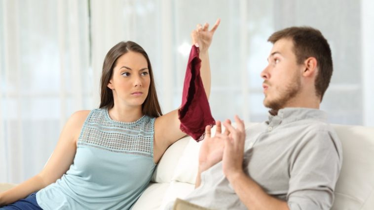 Who is more likely to cheat male or female